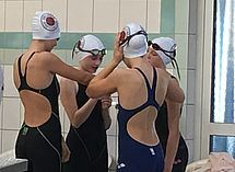 Unsere junge Damen-Staffel kurz vor dem Start. (c)Foto:Wollmann