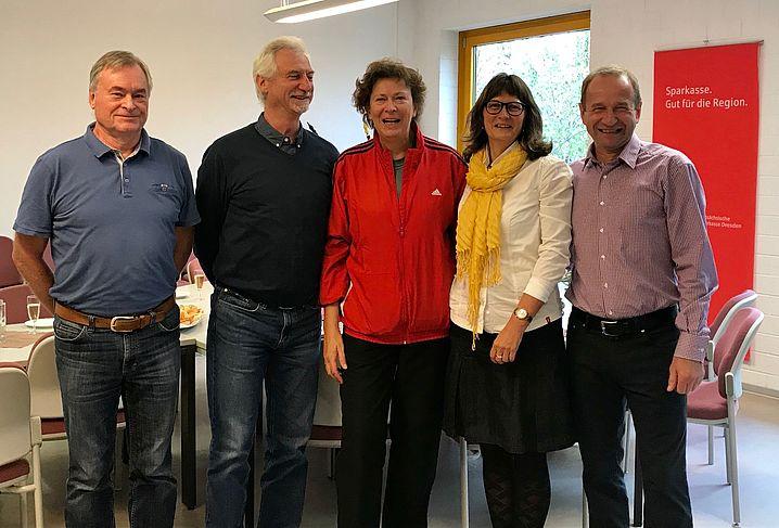 Prof. Hartmut Grothkopp (DLV), Joachim Erdmann, Anneet Tschenikl (LVS) und Michael Gröscho (DSC) mit Erika Falz.
