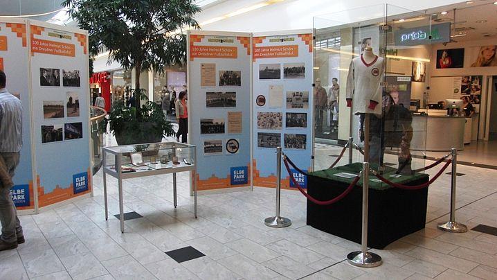 Ausstellung im Elbepark: 100 Jahre Helmut Schön